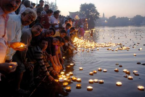 The Kartik Purnima at night